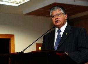Ex-senador Clésio Andrade