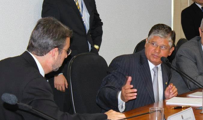 Clésio Andrade e renúncia de velhos hábitos como salvação doBrasil