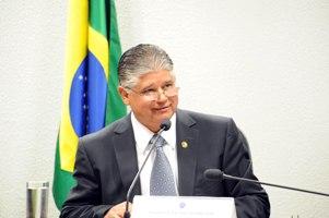 Reforma na previdência é essencial para ClésioAndrade